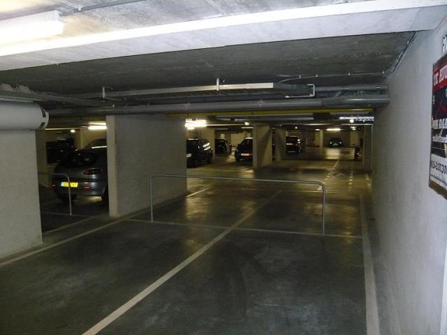 Huurwoning Met Garage : Behome huurwoning delft raam garage